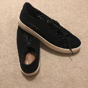 Toms shoes sz 10